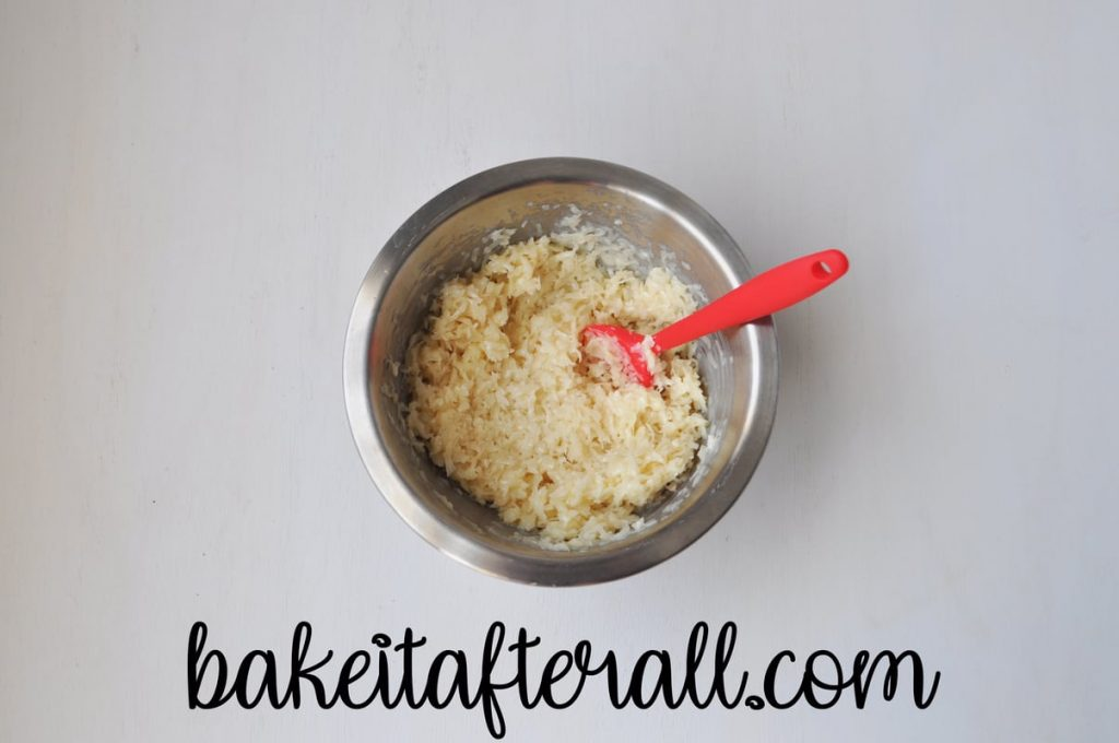 bowl of cookie batter