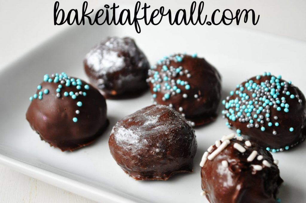 Oreo truffles with luster dust