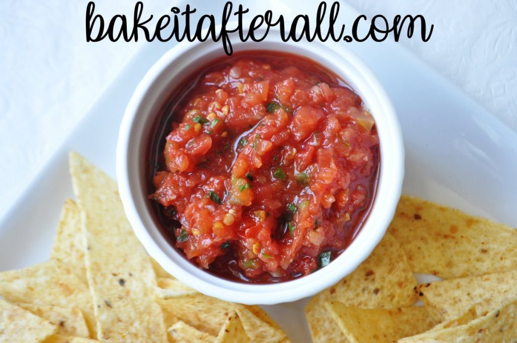 Restaurant Style Salsa in a bowl