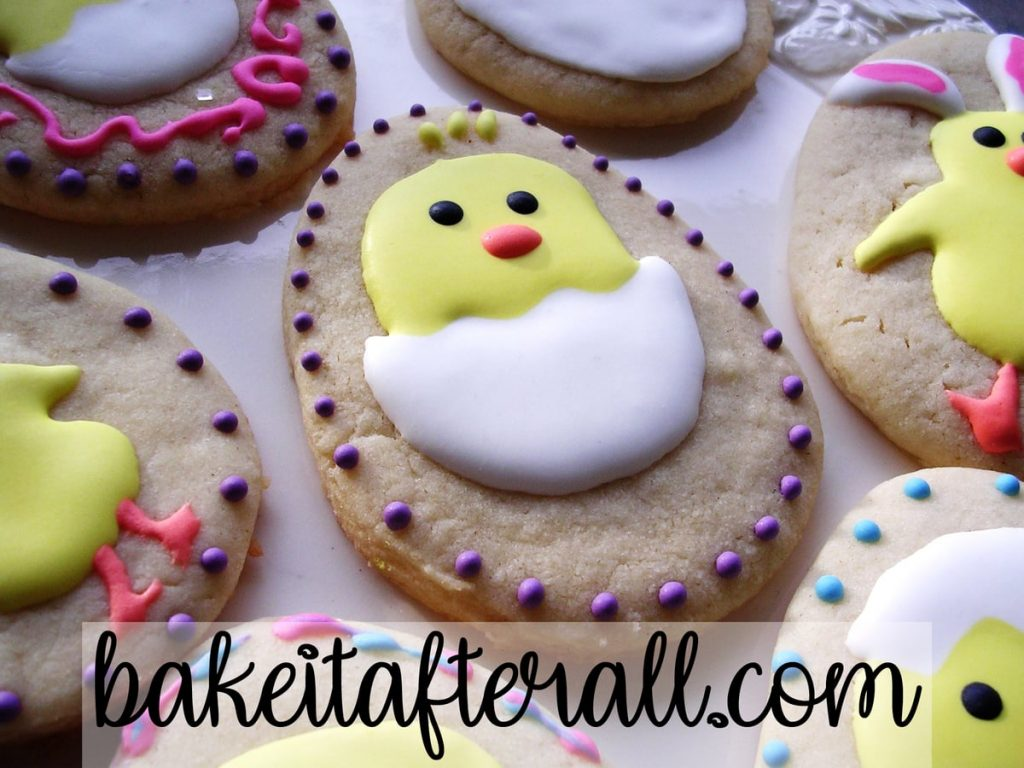 chick coming out of an egg cookie