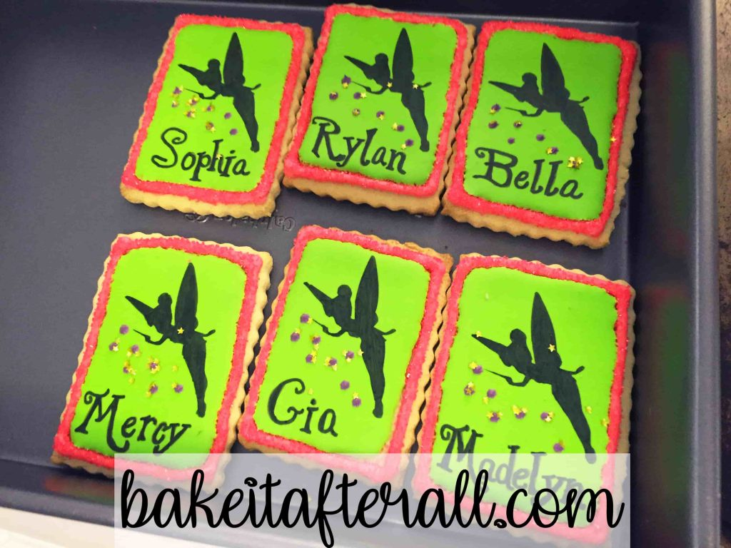royal icing on Tinkerbell cookies