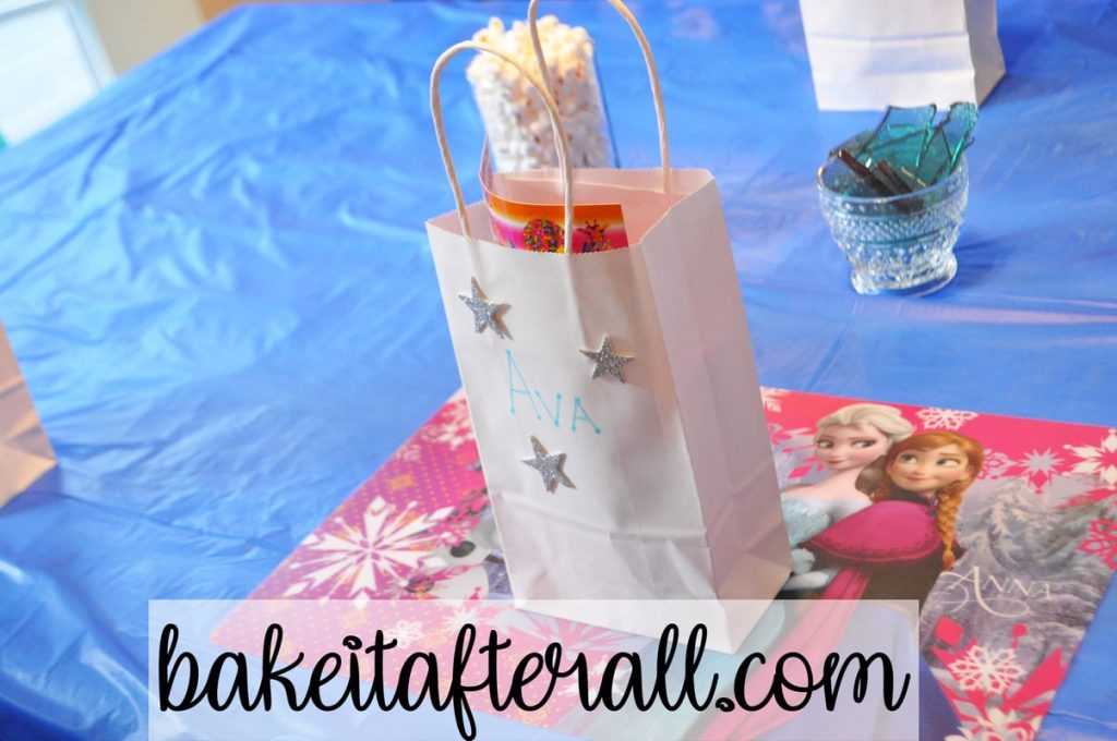 frozen party favors for kids on table