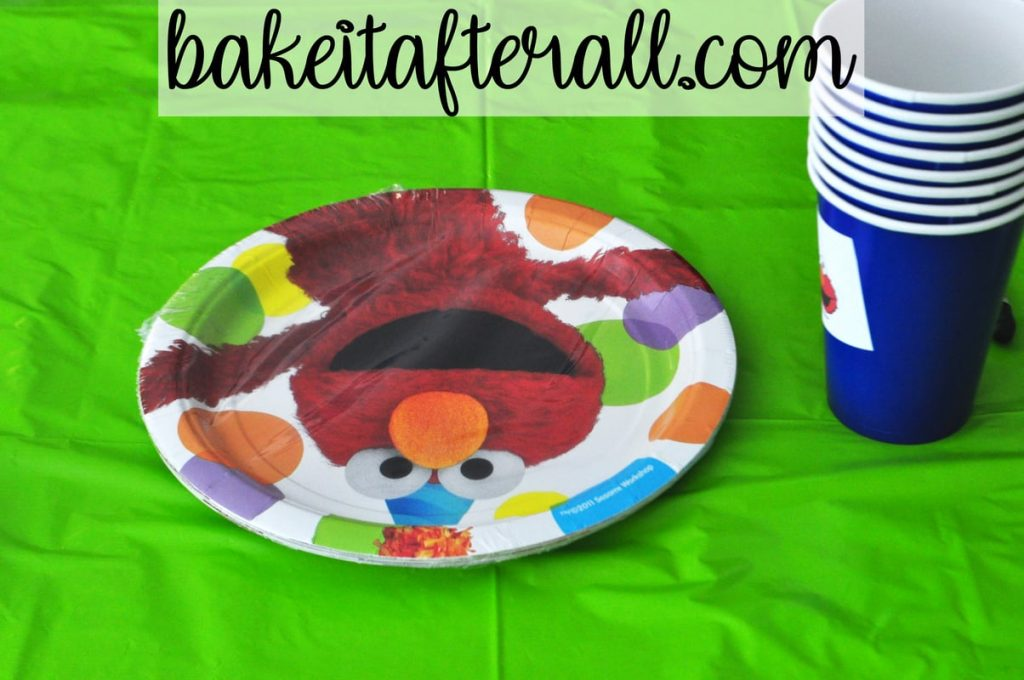 Elmo paper plates and blue paper cups