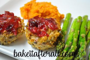 turkey pumpkin meatloaf muffins with cranberry glaze